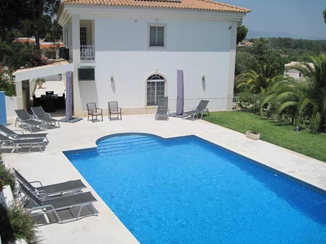 Villa dos Amigos - Valverde, Quinta do Lago, Algarve - 01.jpg