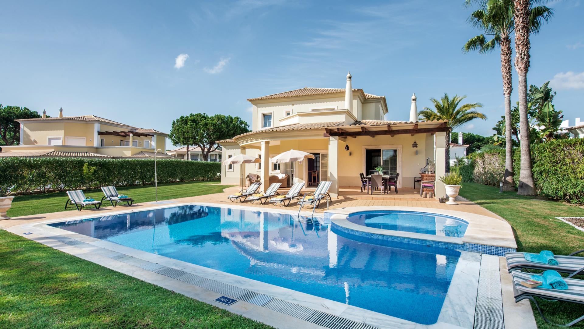 Villa Pukkaputt - Vila Sol, Vilamoura & Quarteira, Algarve - 1.png