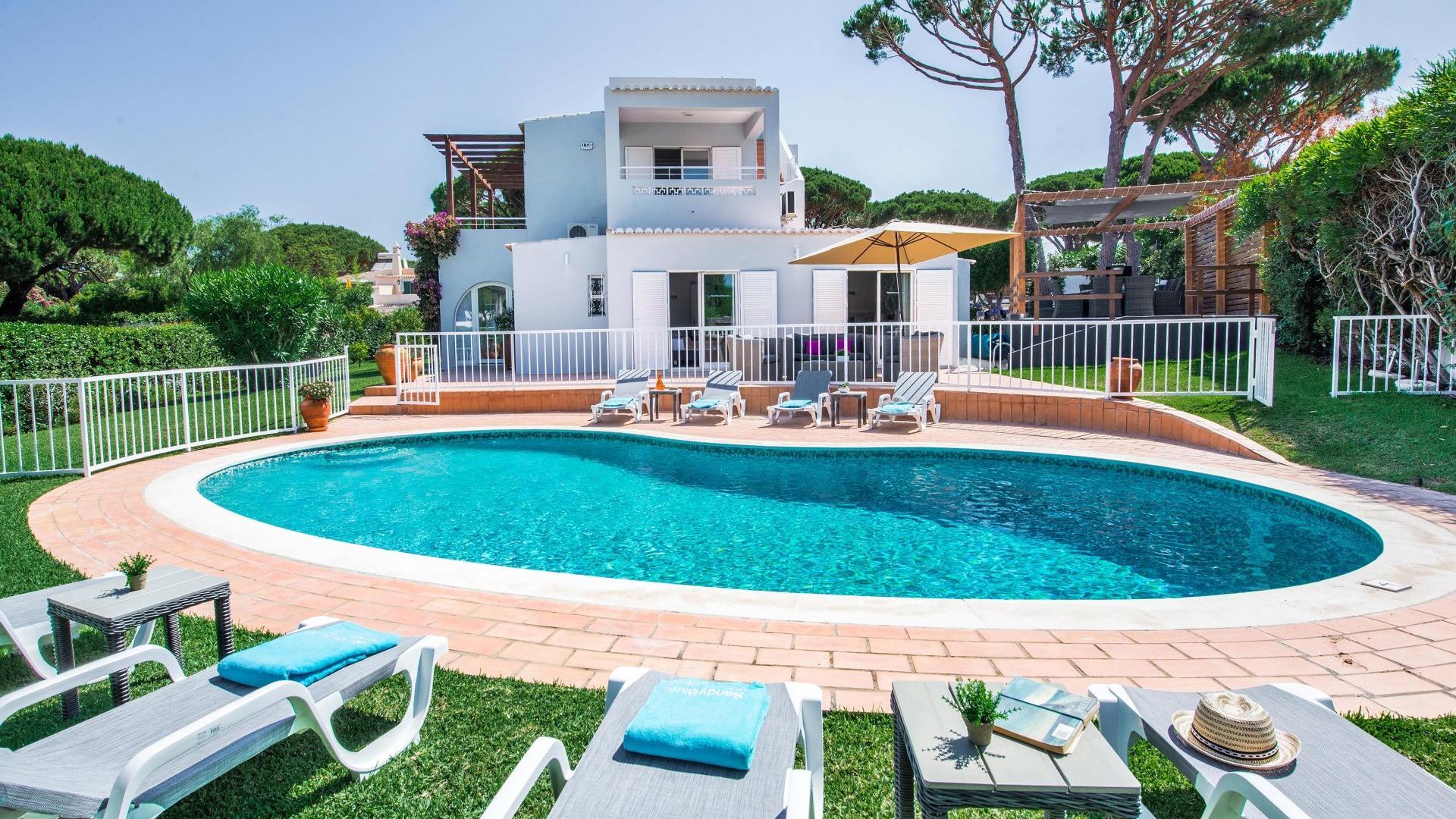 Villa Figo - Vale do Lobo, Algarve - Villa_Figo_1_1.jpg
