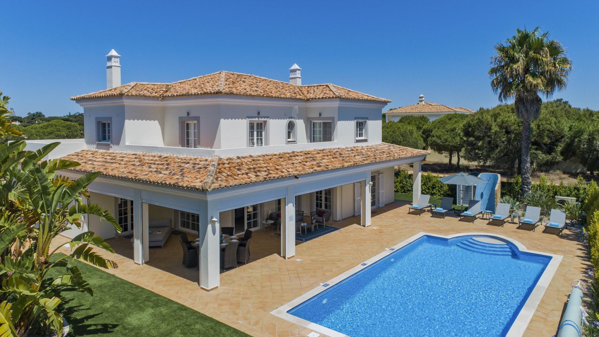Villa Seascape - Varandas do Lago, Quinta do Lago, Algarve - Villa_Seascape_Exterior_1.jpg