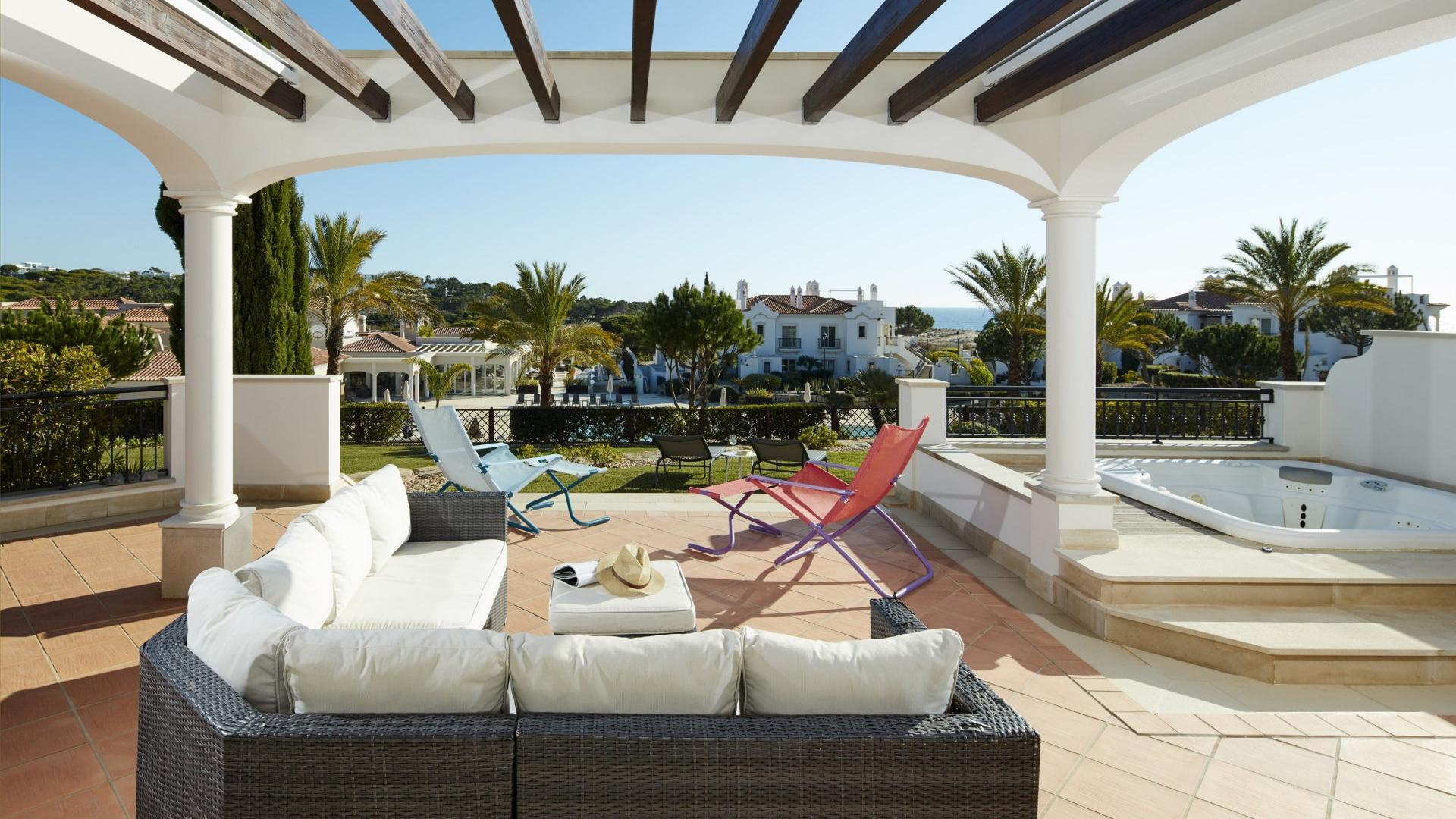 Dunas Douradas Beach Club Partial Sea View 3 bedroom Whirlpool Apartment - Dunas Douradas Beach Club, Vale do Lobo, Algarve - DDBC_X3A2597RN.jpg