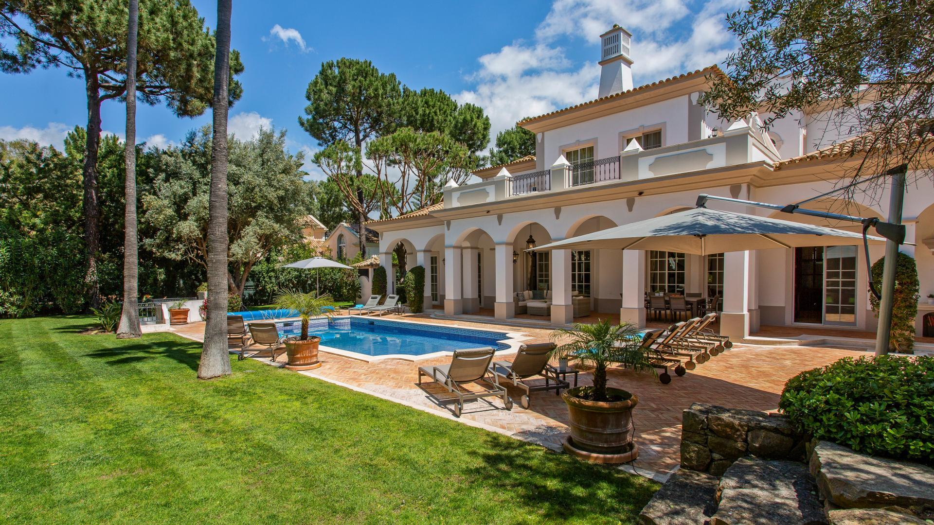 Villa Adilio - Pinheiros Altos, Quinta do Lago, Algarve - 1.png