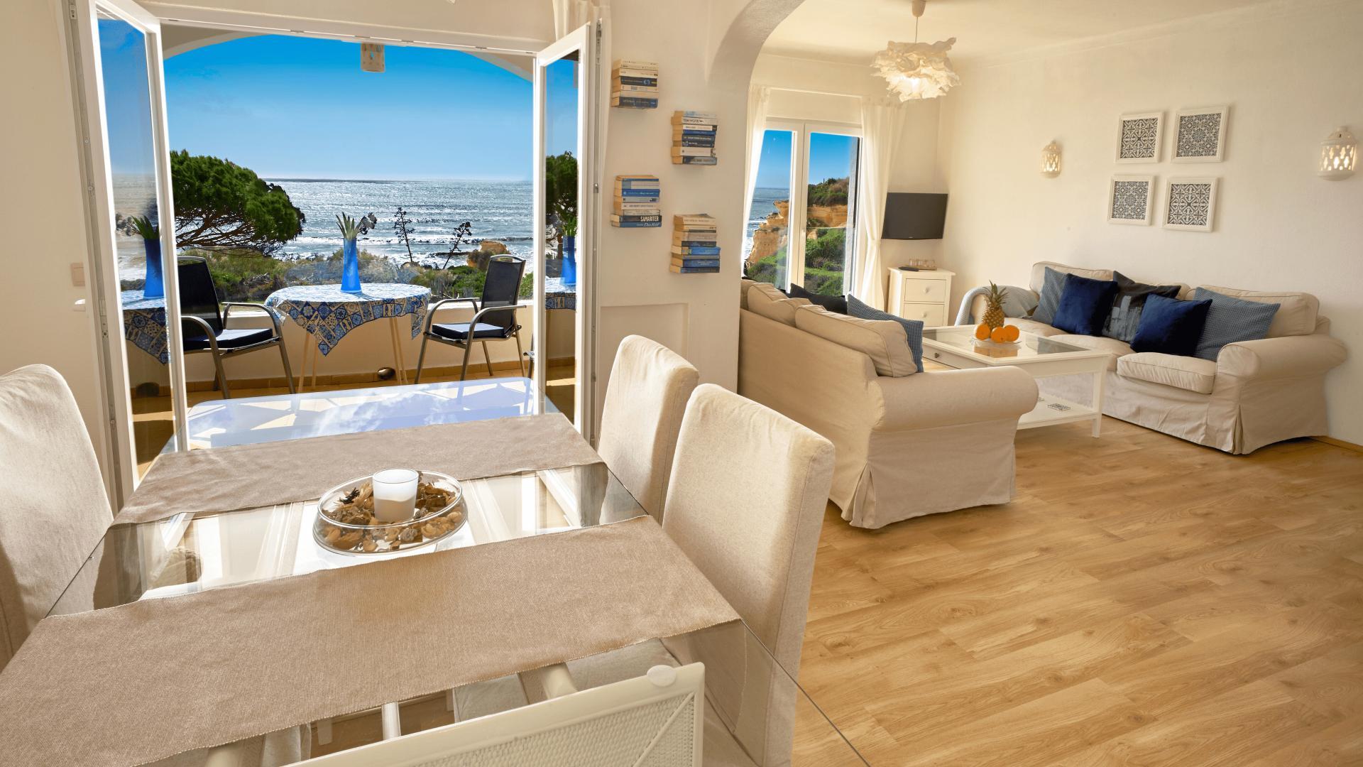 Casa Boavista - Armação de Pêra, Algarve - Vila_Aldeamento_Casa_4_Living_room_2.png