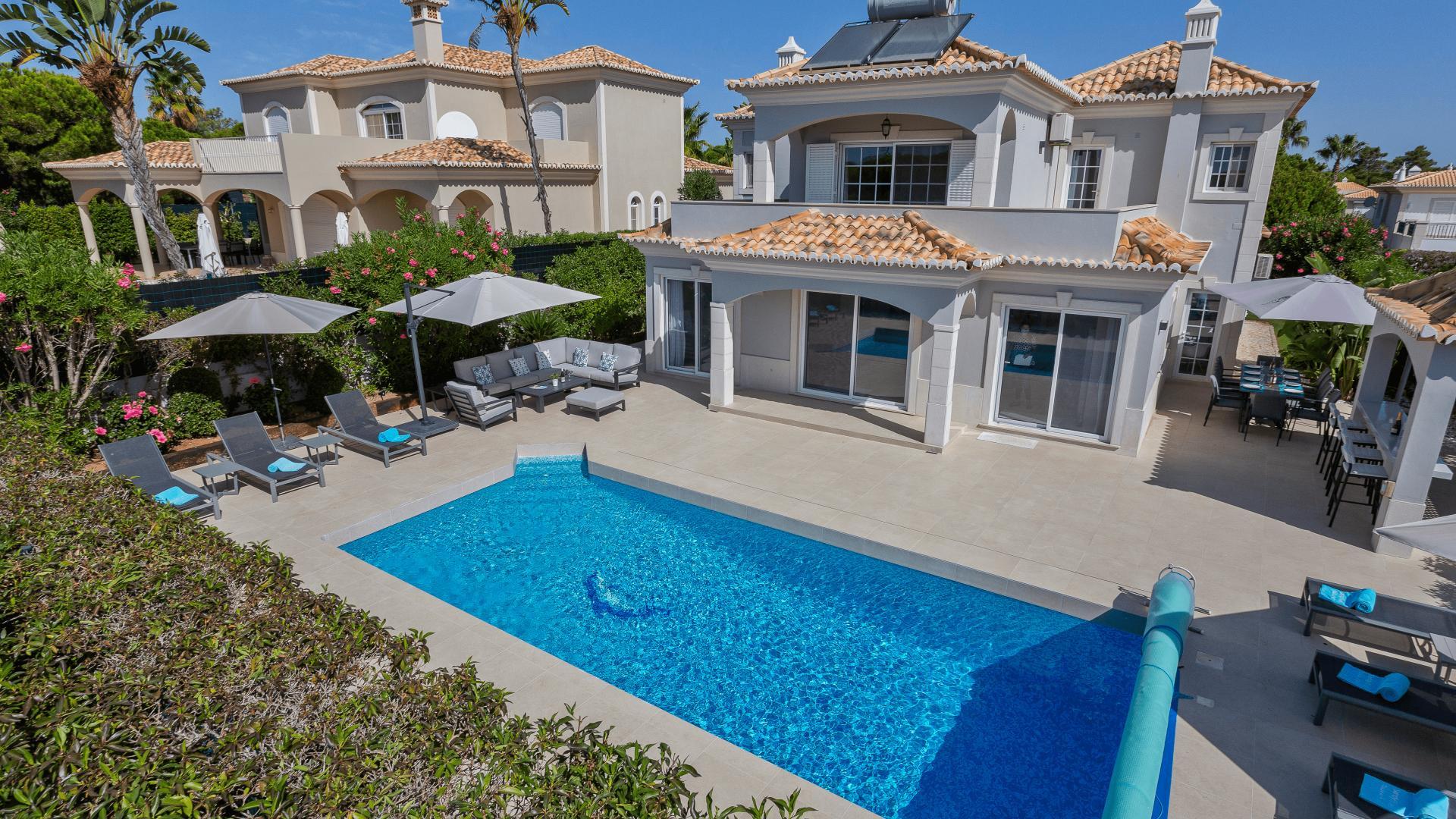 Villa Cara - Varandas do Lago, Quinta do Lago, Algarve - Villa_Cara_Exterior_1.png