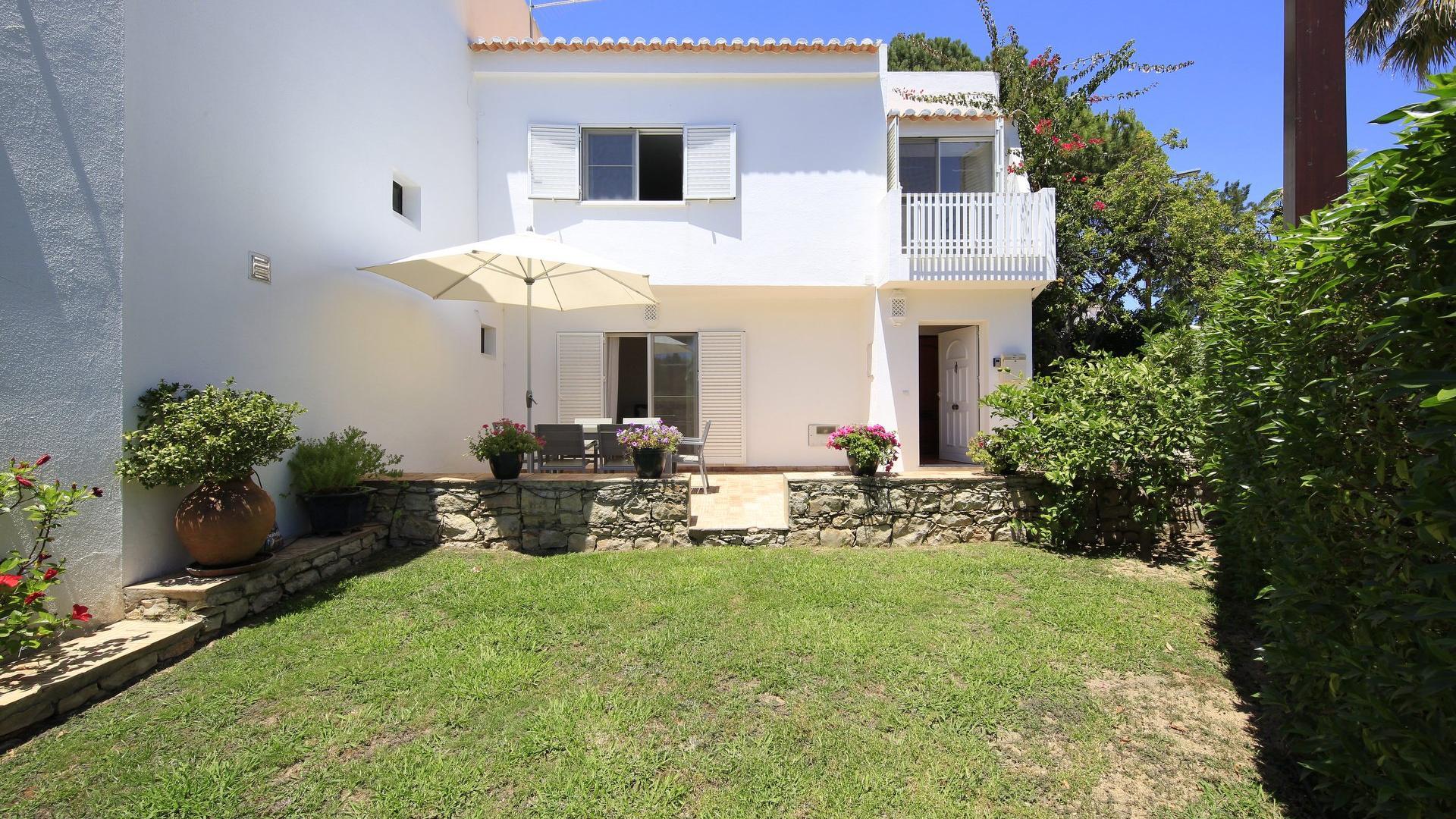 Casa Malika - Vale do Lobo, Algarve - Casa_Malika_Exterior_1.jpg