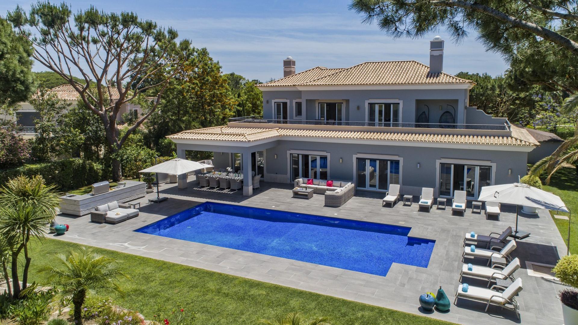 The Lodge - Quinta do Lago, Algarve - The_Lodge_Exterior_1_1.jpg