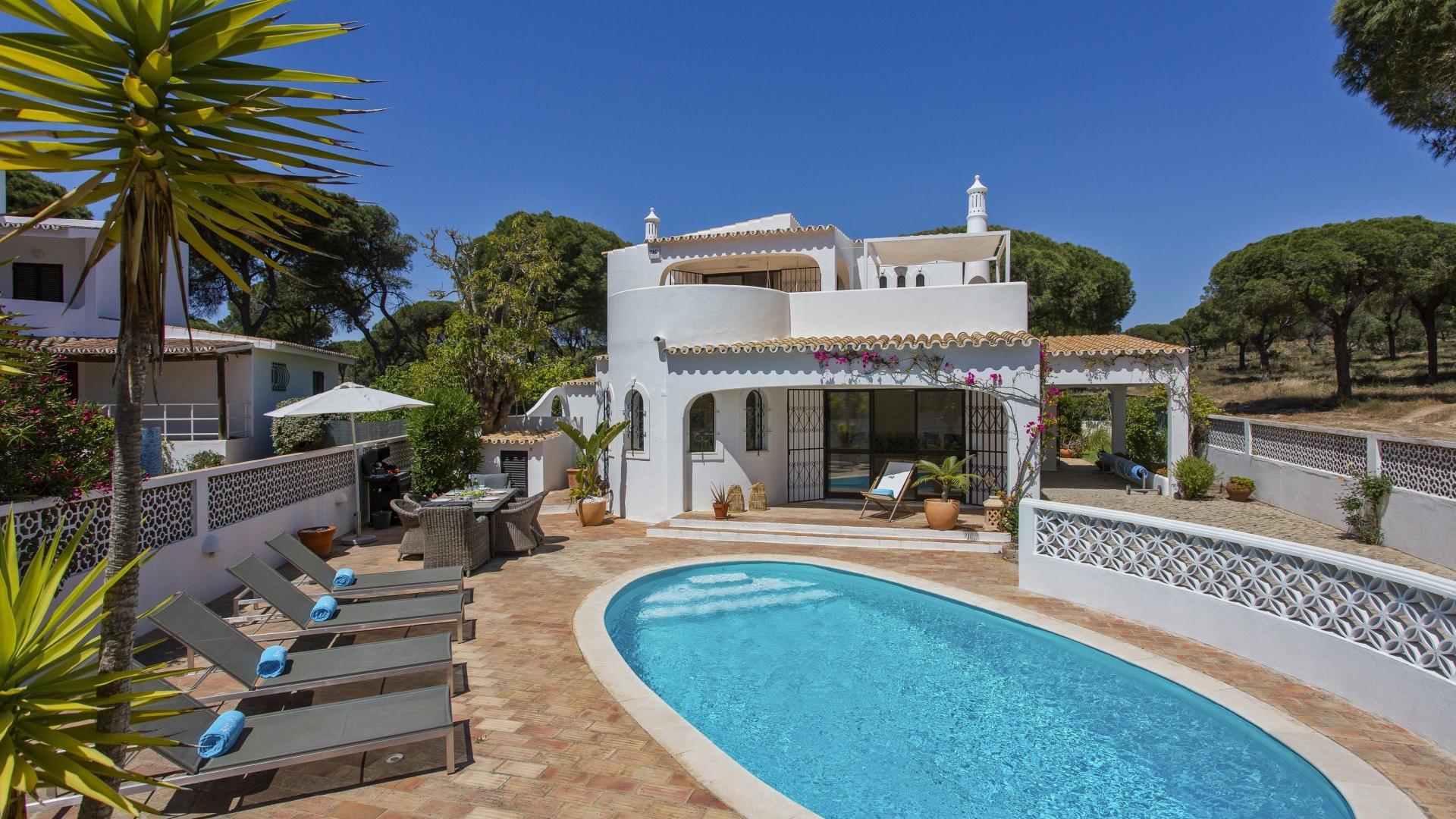 Casa Limoeiro - Vale do Garrão, Vale do Lobo, Algarve - Casa_Limoeiro_Exterior_2.jpg