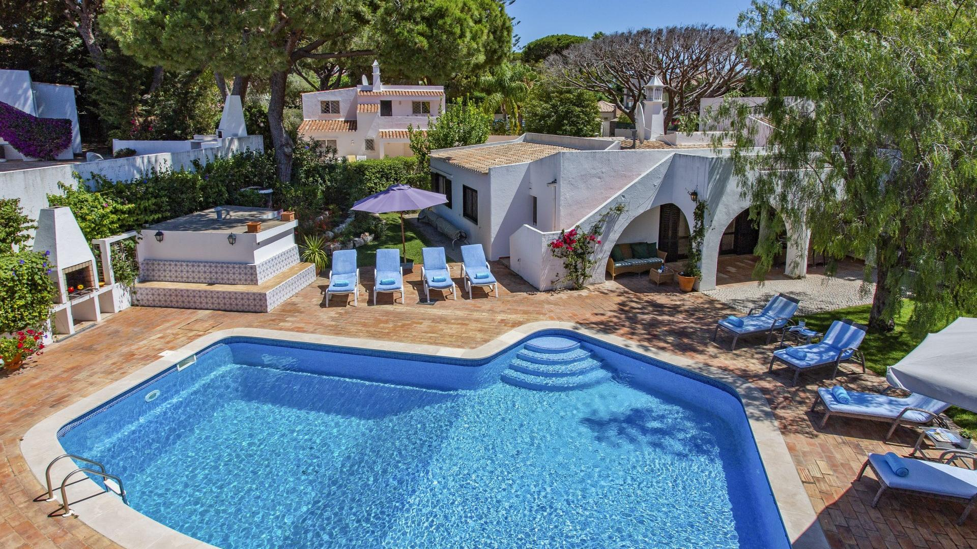 Villa Onda - Vale do Lobo, Algarve - Villa_Onda_Exterior_1.jpg