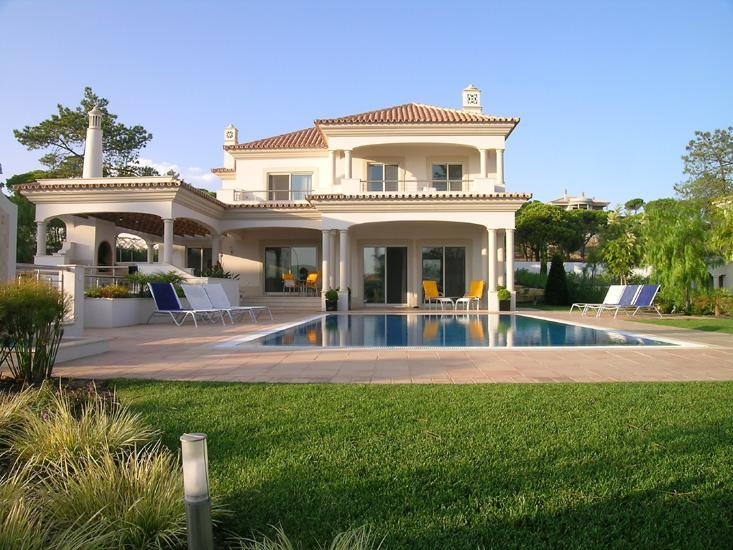 Villa Vista Dunas - Dunas Douradas Beach Club, Vale do Lobo, Algarve - 1_inviting_terrace_and_garden.jpg